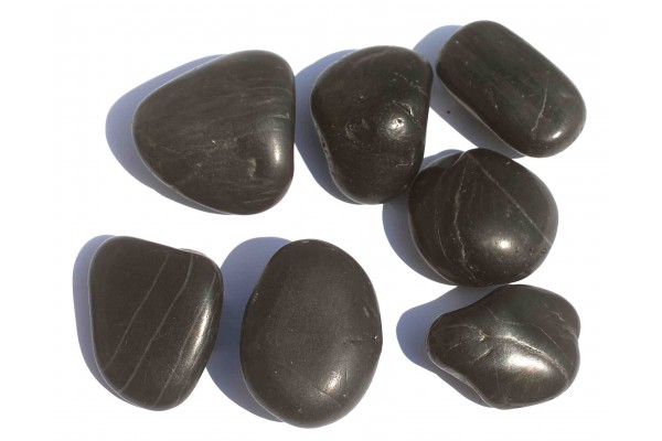 Galet 50 70 rivi re zen noir for Galet noir exterieur