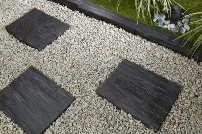 bordure ardoise d co jardin penez herman. Black Bedroom Furniture Sets. Home Design Ideas